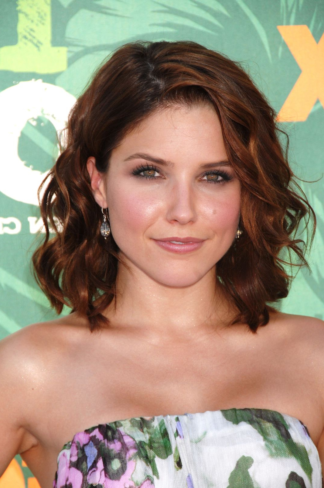 Sophia Bush Hair Is Perfect – Heres Her Beauty Secrets Regarding Sophia Bush Short Hairstyles (View 13 of 25)
