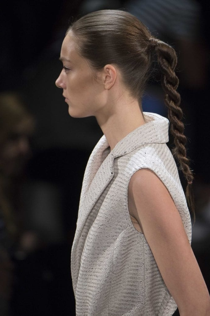 Sporty Hairstyle Ideas: 8 Easy Styles To Try Out For The Big Game Pertaining To Flowy Side Braid Ponytail Hairstyles (View 17 of 25)
