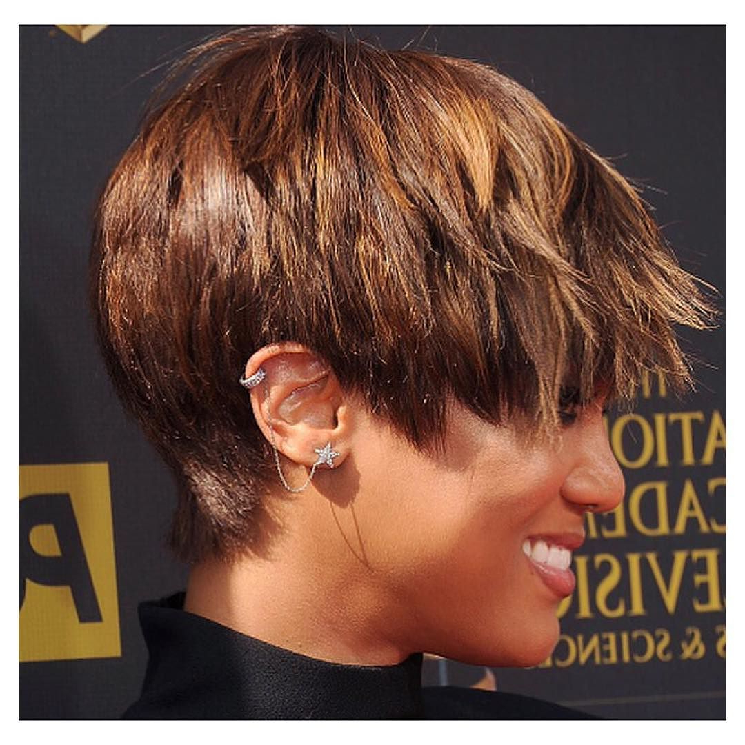 View Photos Of Tyra Banks Short Hairstyles Showing 21 Of 25 Photos
