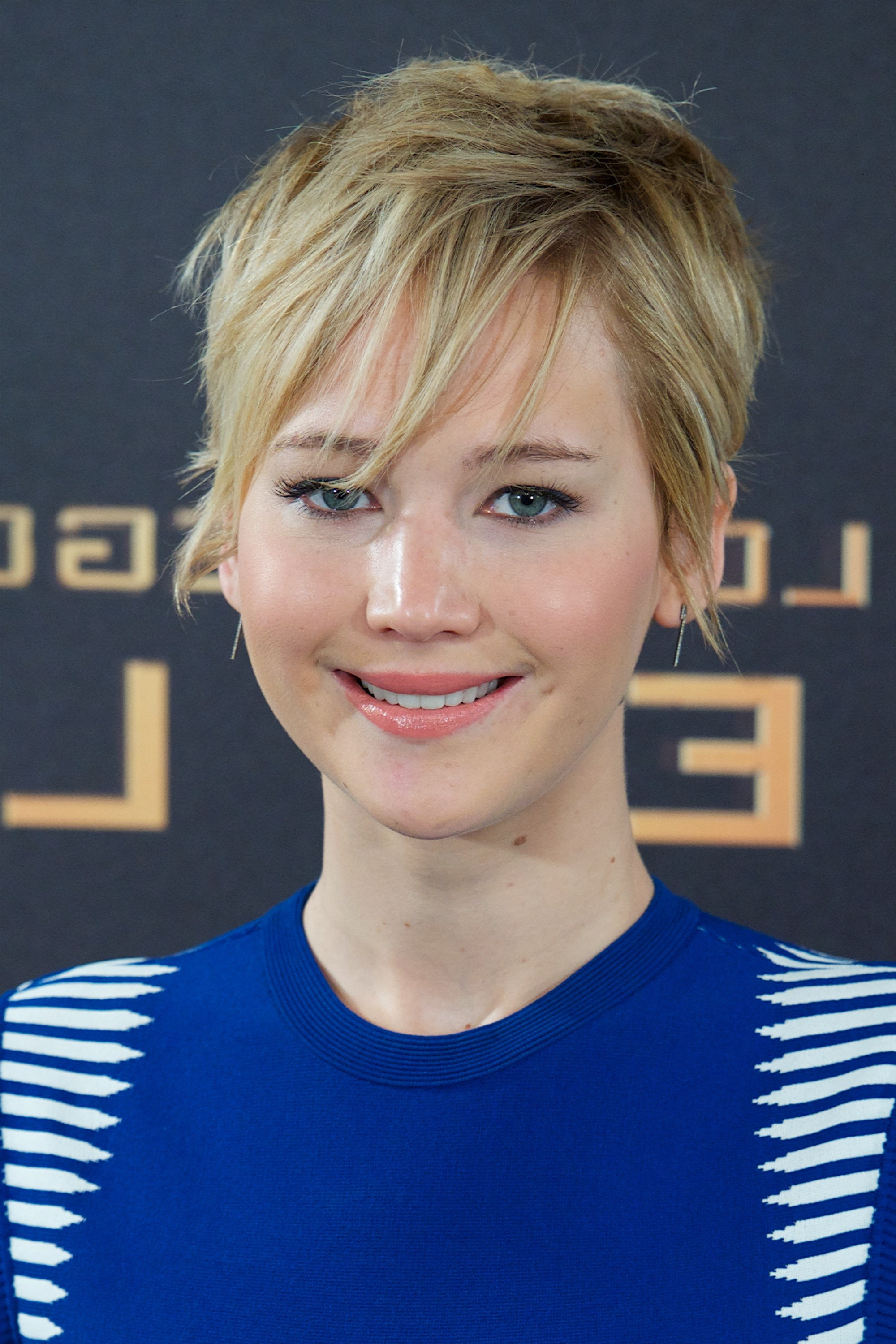 The 15 Best Ways Jennifer Lawrence Has Styled Her Pixie Hair | Slice (View 7 of 25)