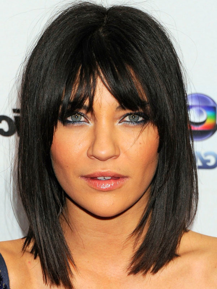 The Best (And Worst) Bangs For Inverted Triangle Faces – The With Short Hairstyles For Pointy Chins (View 21 of 25)