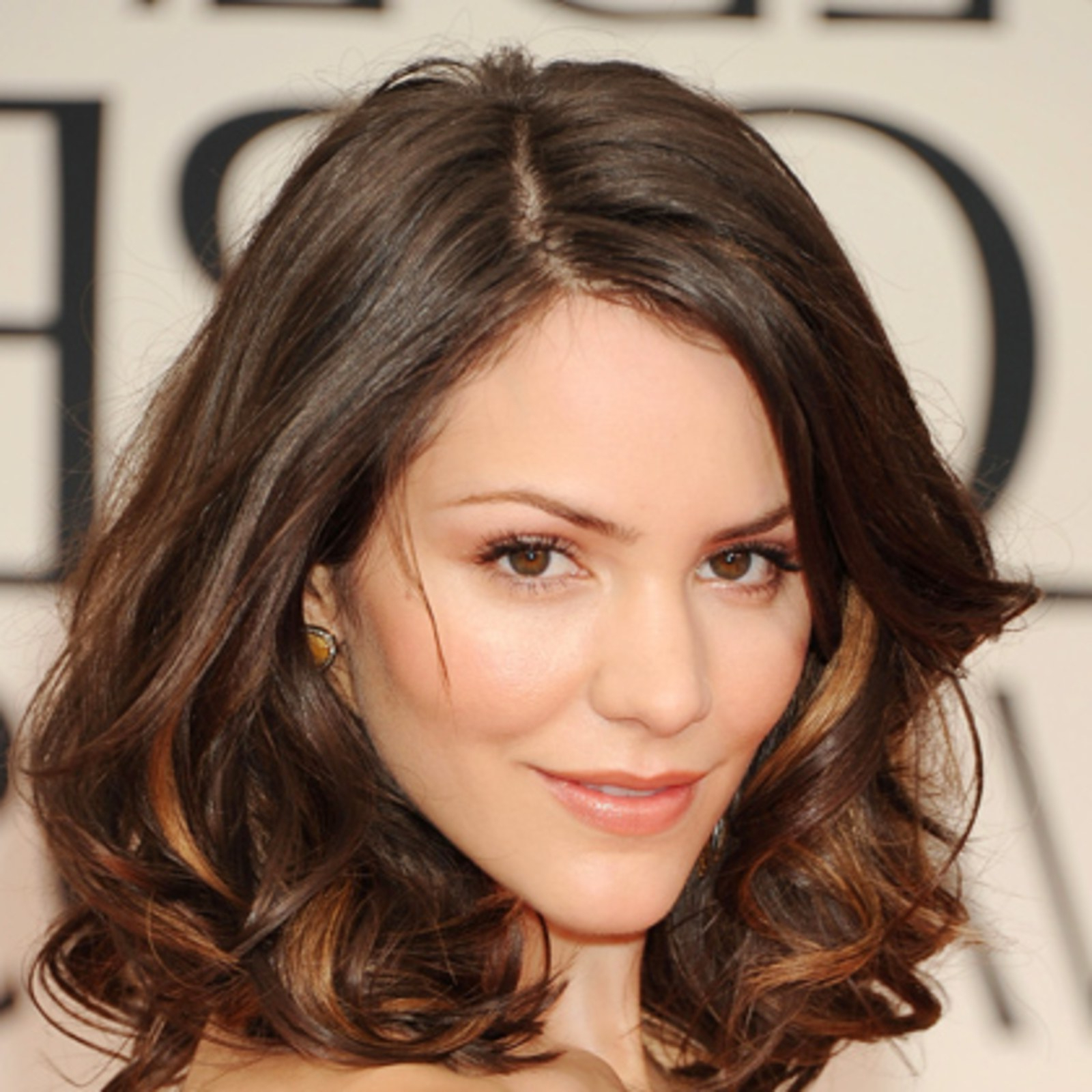 The Top 8 Haircuts For Heart Shaped Faces – Allure For Cute Short Haircuts For Heart Shaped Faces (View 22 of 25)