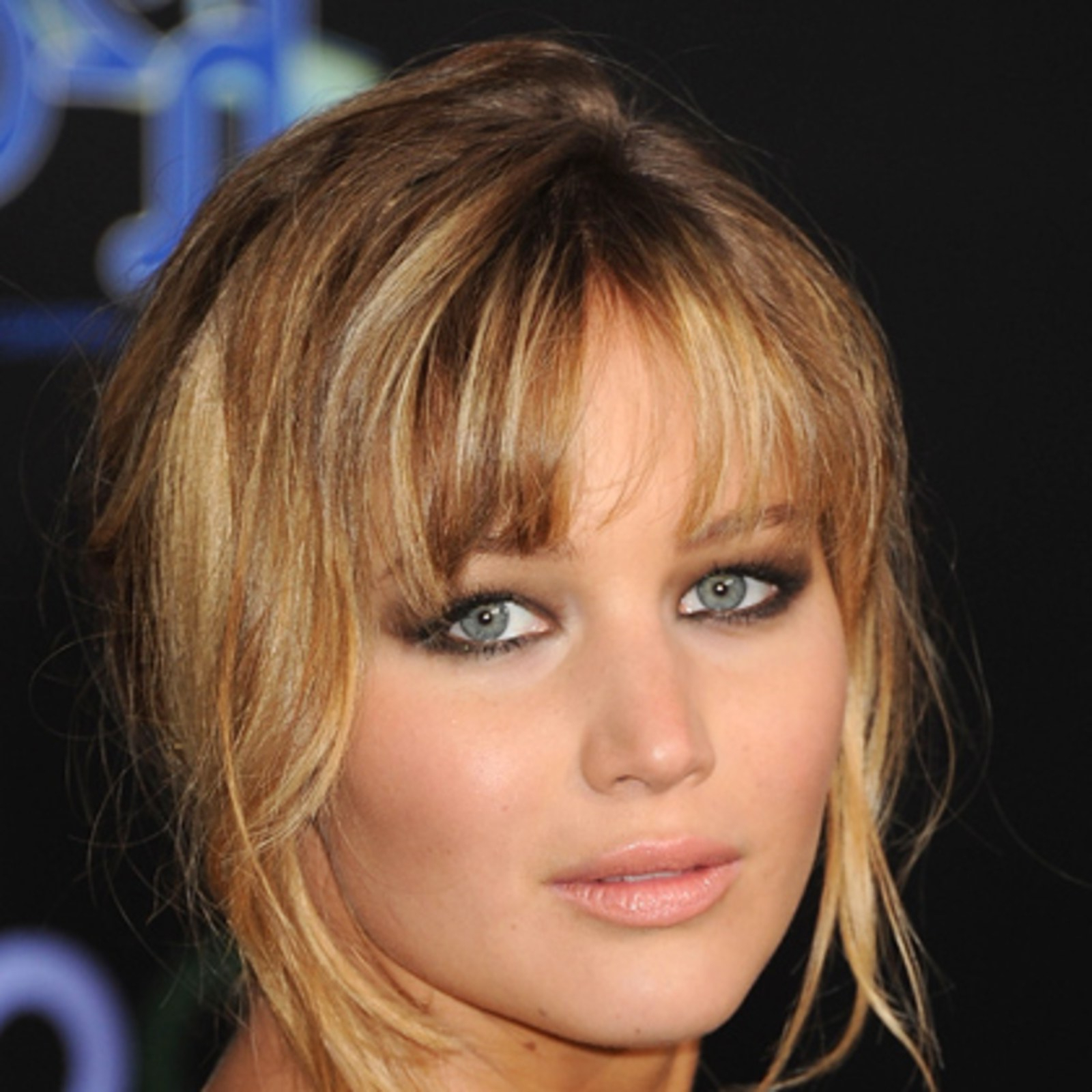 The Top 8 Haircuts For Heart Shaped Faces – Allure Throughout Short Hairstyles For Pointy Chins (View 11 of 25)