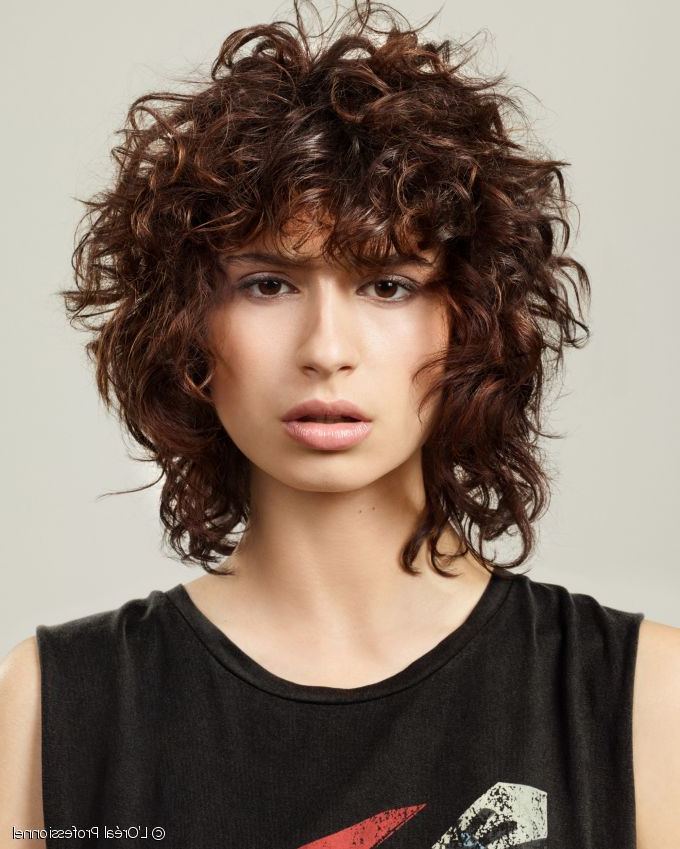 The Ultimate Comeback Of The Curly Shag Inside Wavy Bronde Bob Shag Haircuts (View 18 of 25)