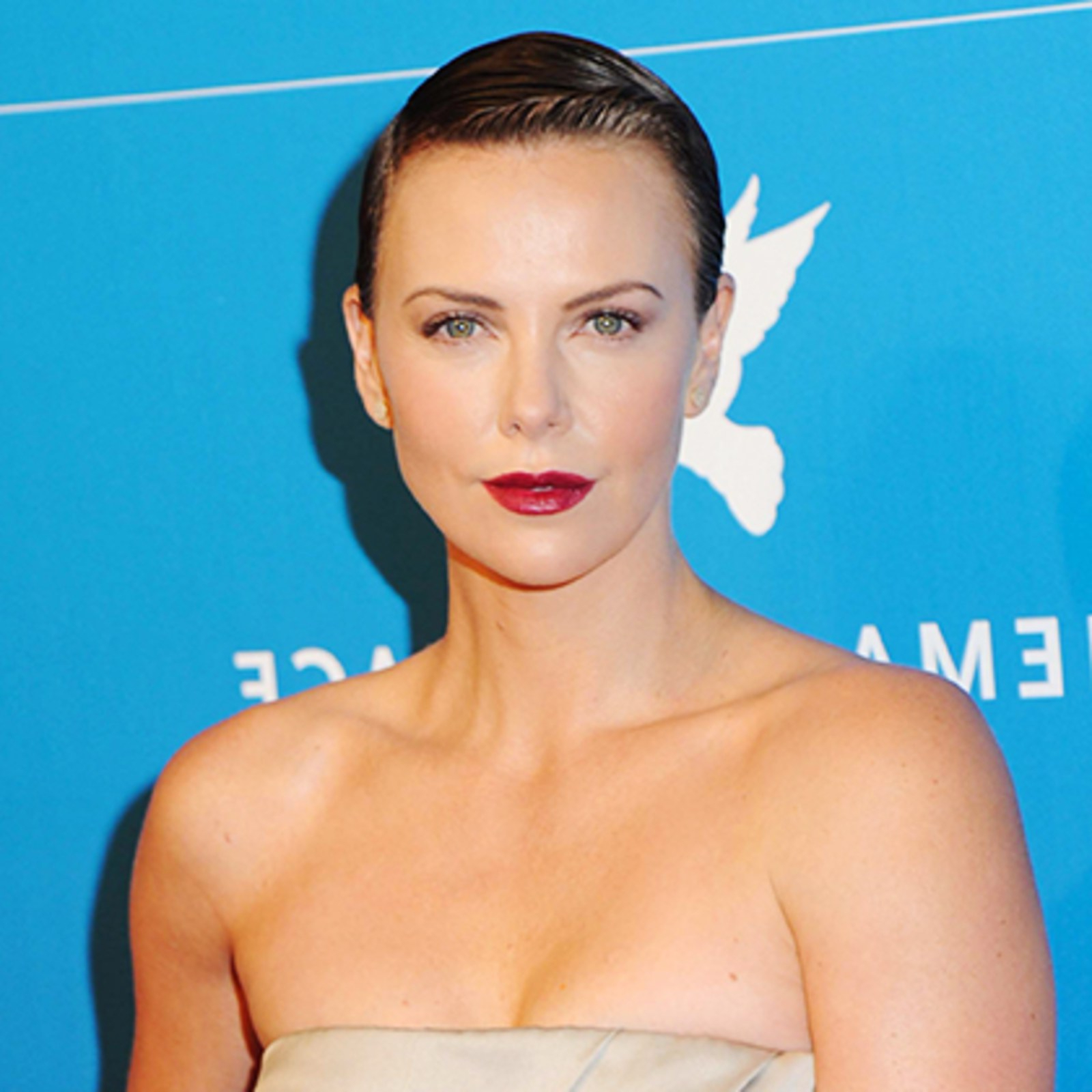 Things To Know Before You Cut Off All Your Hair – Allure Regarding Charlize Theron Short Haircuts (View 15 of 25)