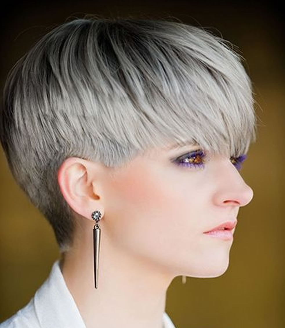 Top 21 Fantastic 2018 Trend Short Hair Gray Black Ombre Hairstyles Regarding Gray Short Hairstyles (View 10 of 25)