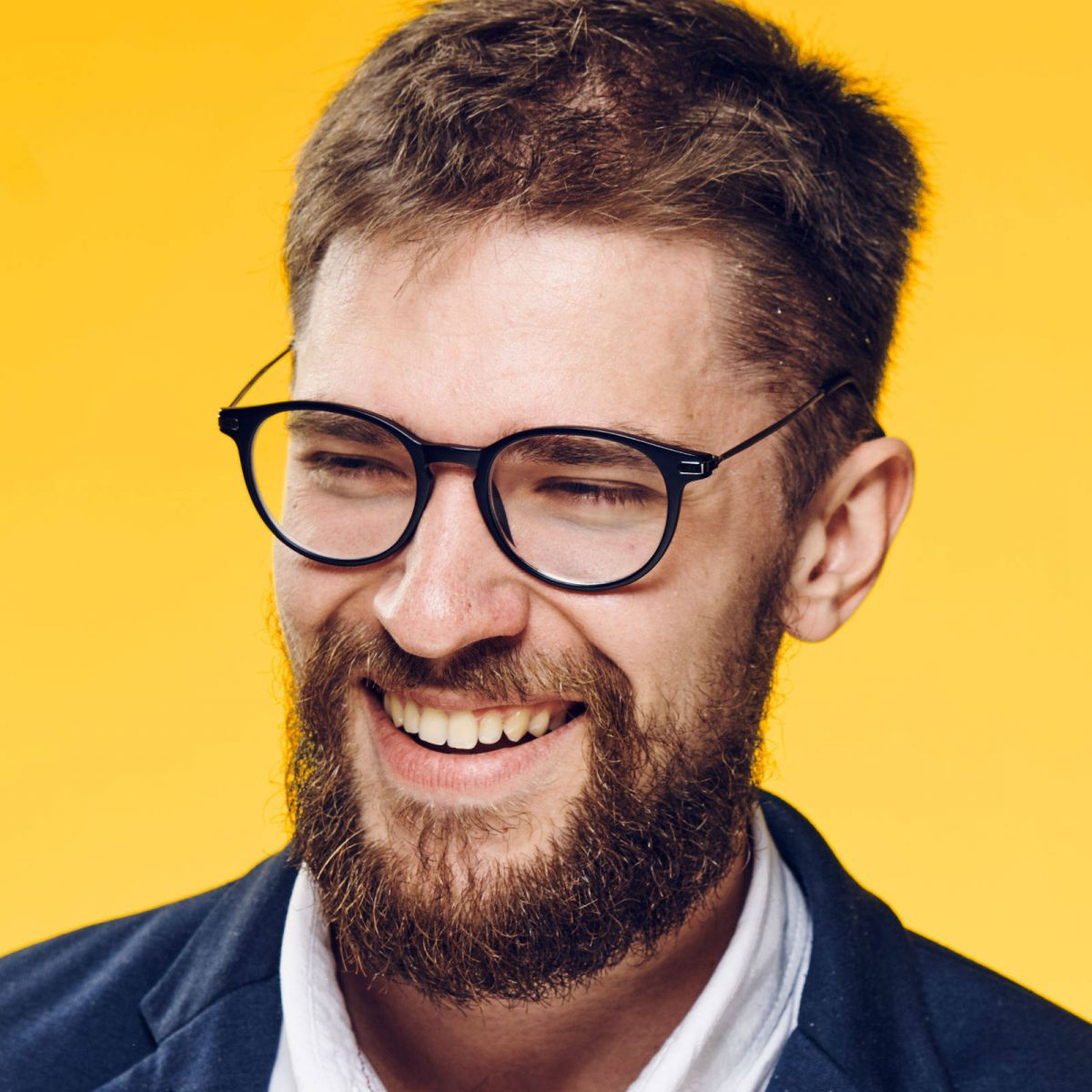 Top 30 Hairstyles For Men With Beards Regarding Short Haircuts For Glasses Wearer (View 21 of 25)