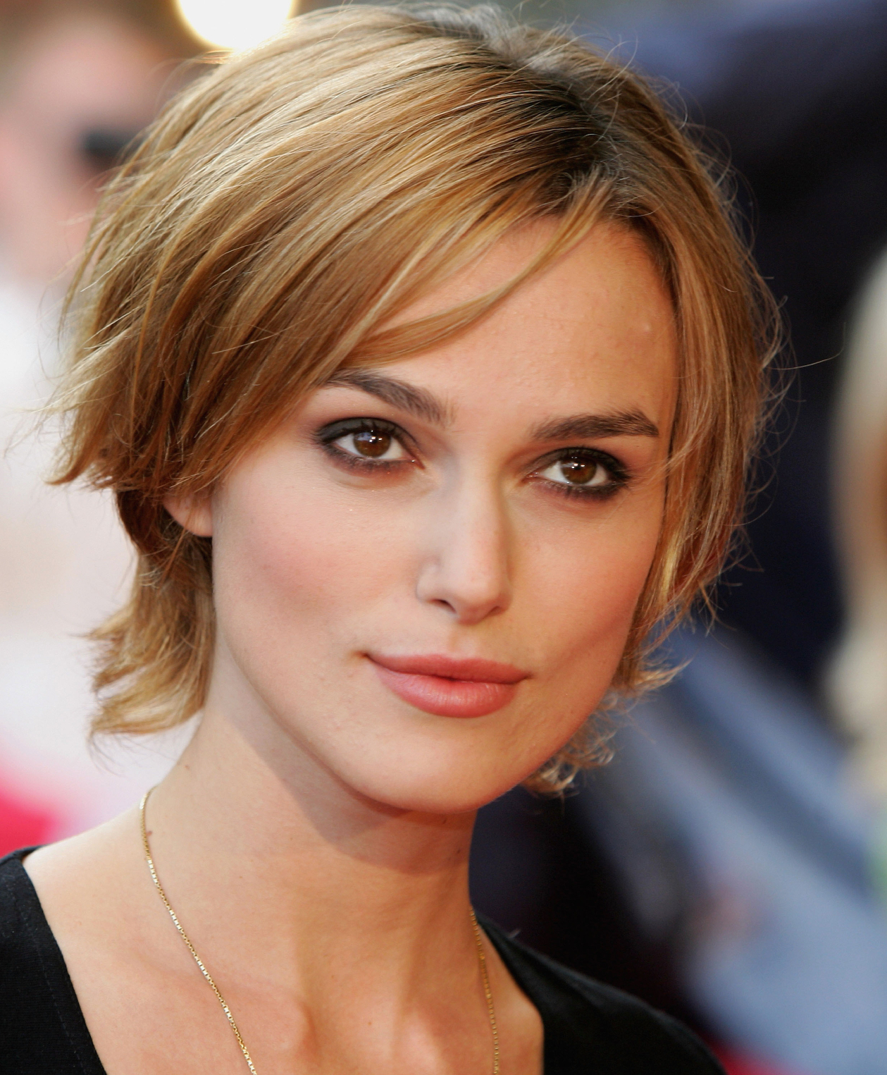 Top 5 Hairstyles For Diamond Shaped Faces – Be Inspired Salon Pertaining To Short Haircuts For Square Jawline (View 20 of 25)