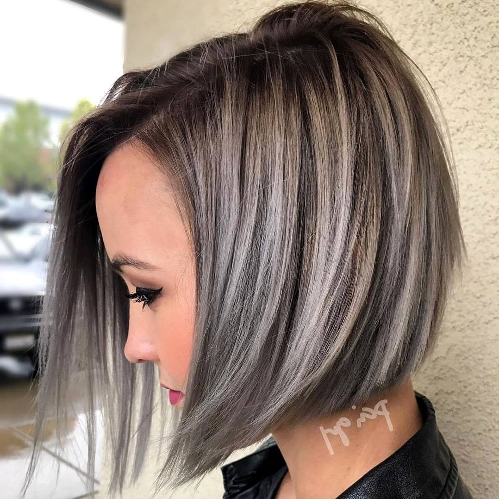 Trending Short Layered Hairstyles For 2018 – Braidhairstyle (View 18 of 25)