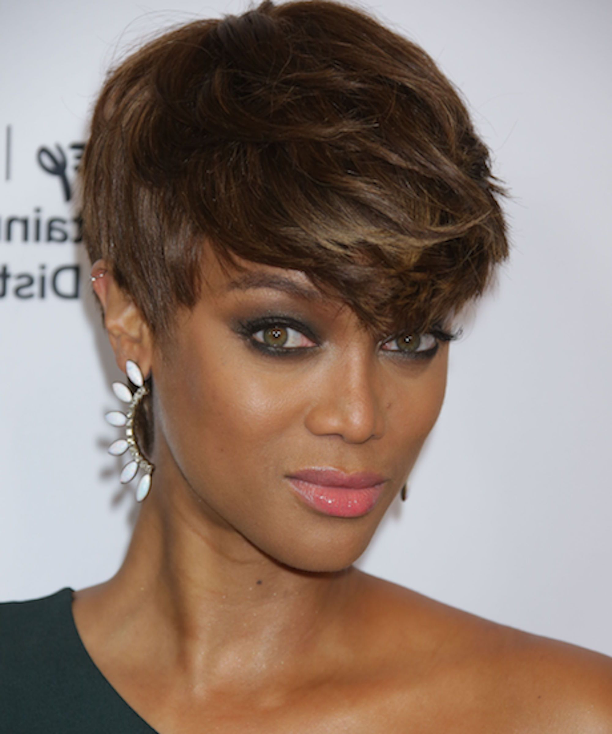 2019 Latest Tyra Banks Short Hairstyles