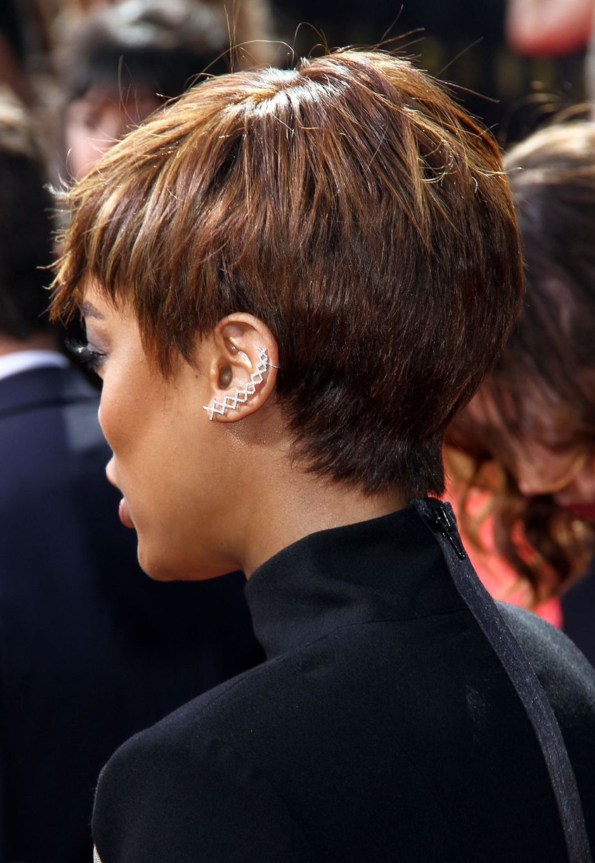 Tyra Banks Looked Different With Her Short Wig – Afrossip Throughout Tyra Banks Short Hairstyles (View 9 of 25)