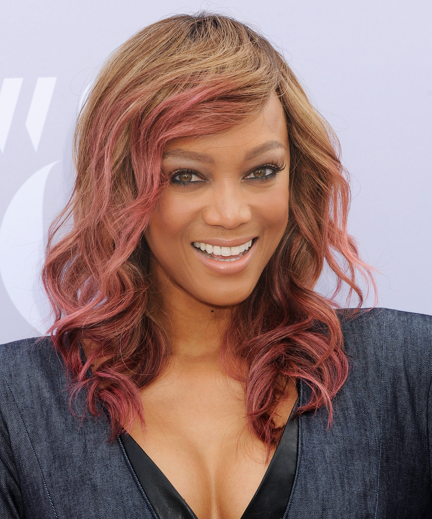 Tyra Banks Welcomes A Baby Boy | Instyle With Regard To Tyra Banks Short Hairstyles (View 19 of 25)