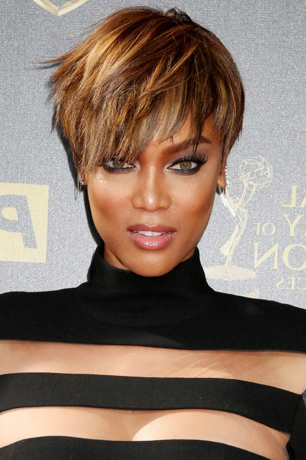 Tyra Banks's Take On 'netflix And Chill' Involves Frozen Dinners | 2 Inside Tyra Banks Short Hairstyles (View 2 of 25)