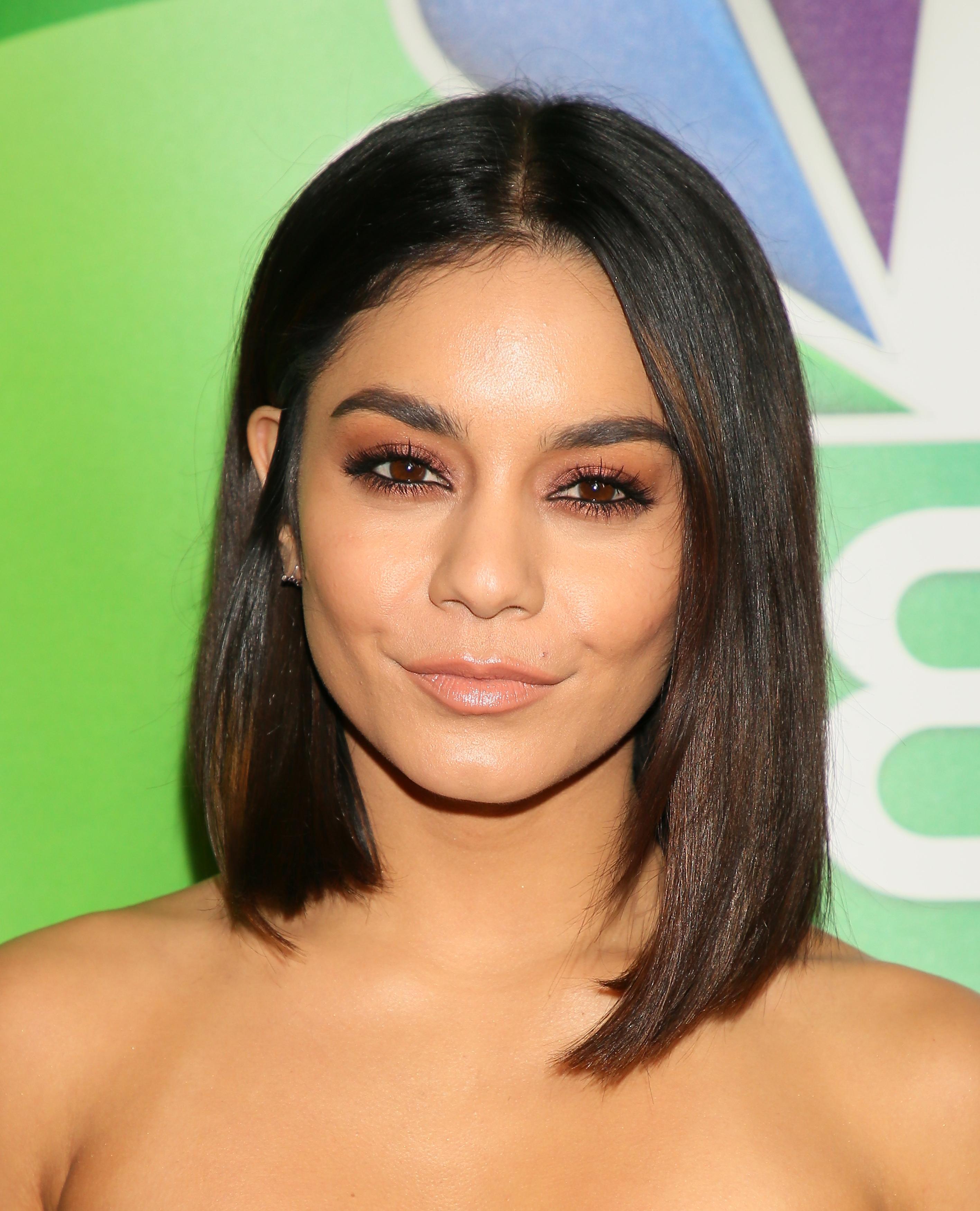 Vanessa Hudgens Short Hair | Galhairs Within Vanessa Hudgens Short Hairstyles (View 4 of 25)