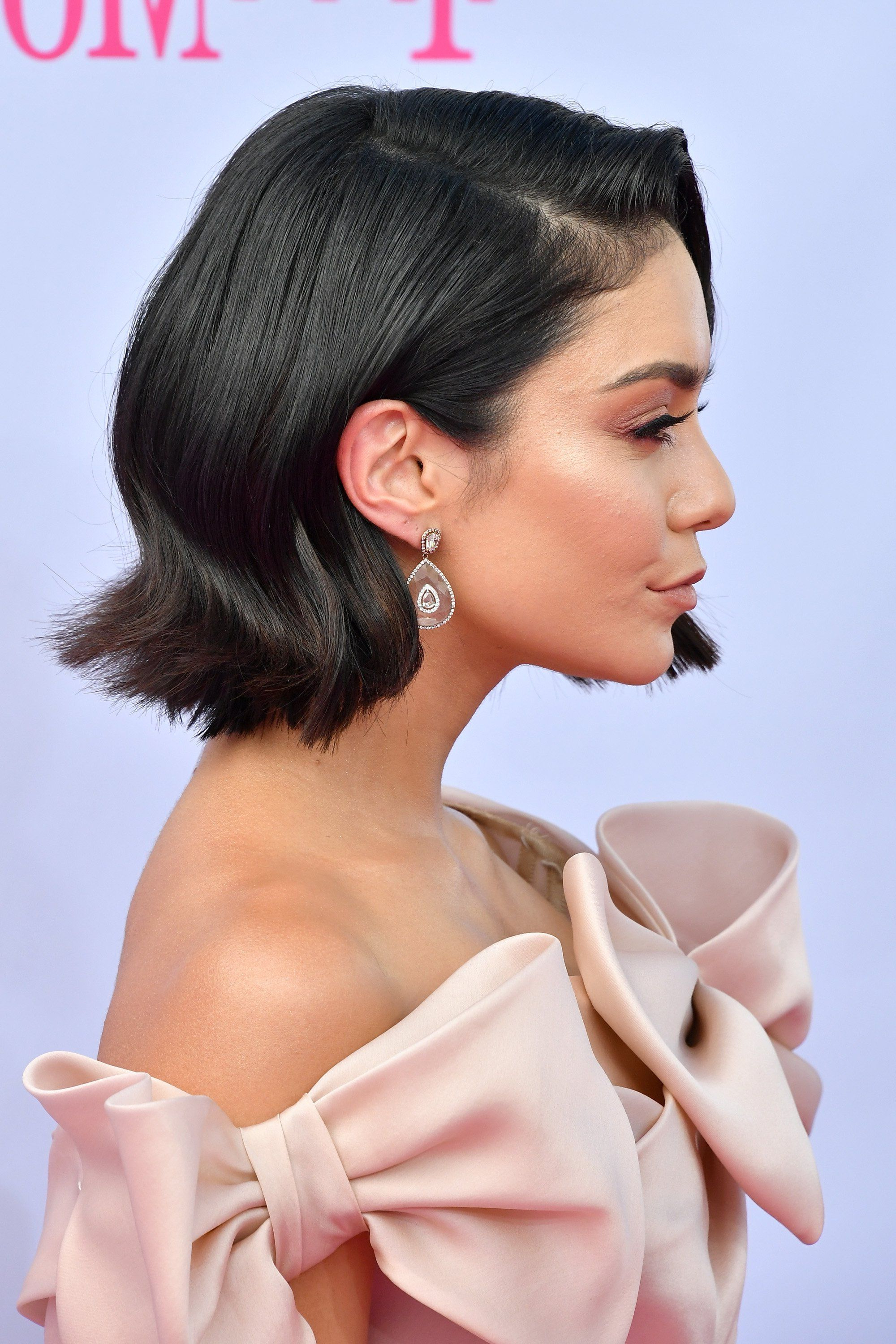 Vanessa Hudgens Shows Off Her Sexy, Short Haircut At The Billboard Within Vanessa Hudgens Short Haircuts (View 5 of 25)