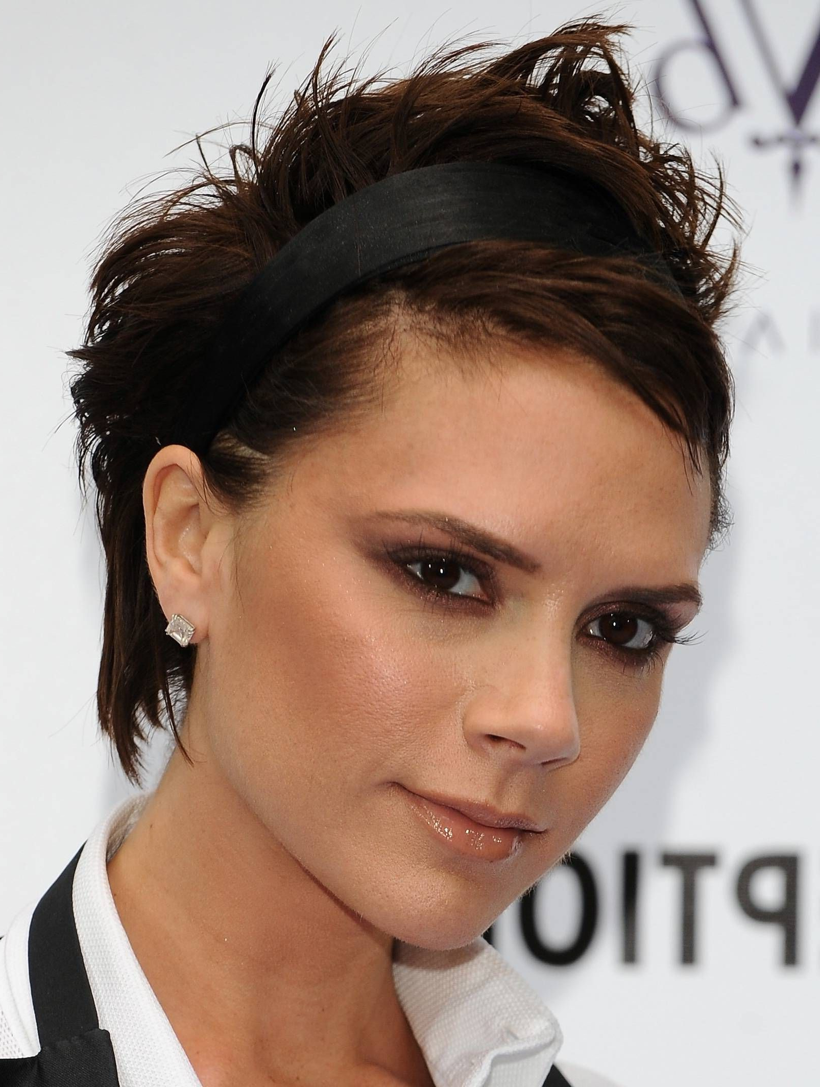 Victoria Beckham Hair Over The Years | Victoria Beckham, Beckham And Throughout Victoria Beckham Short Haircuts (View 12 of 25)
