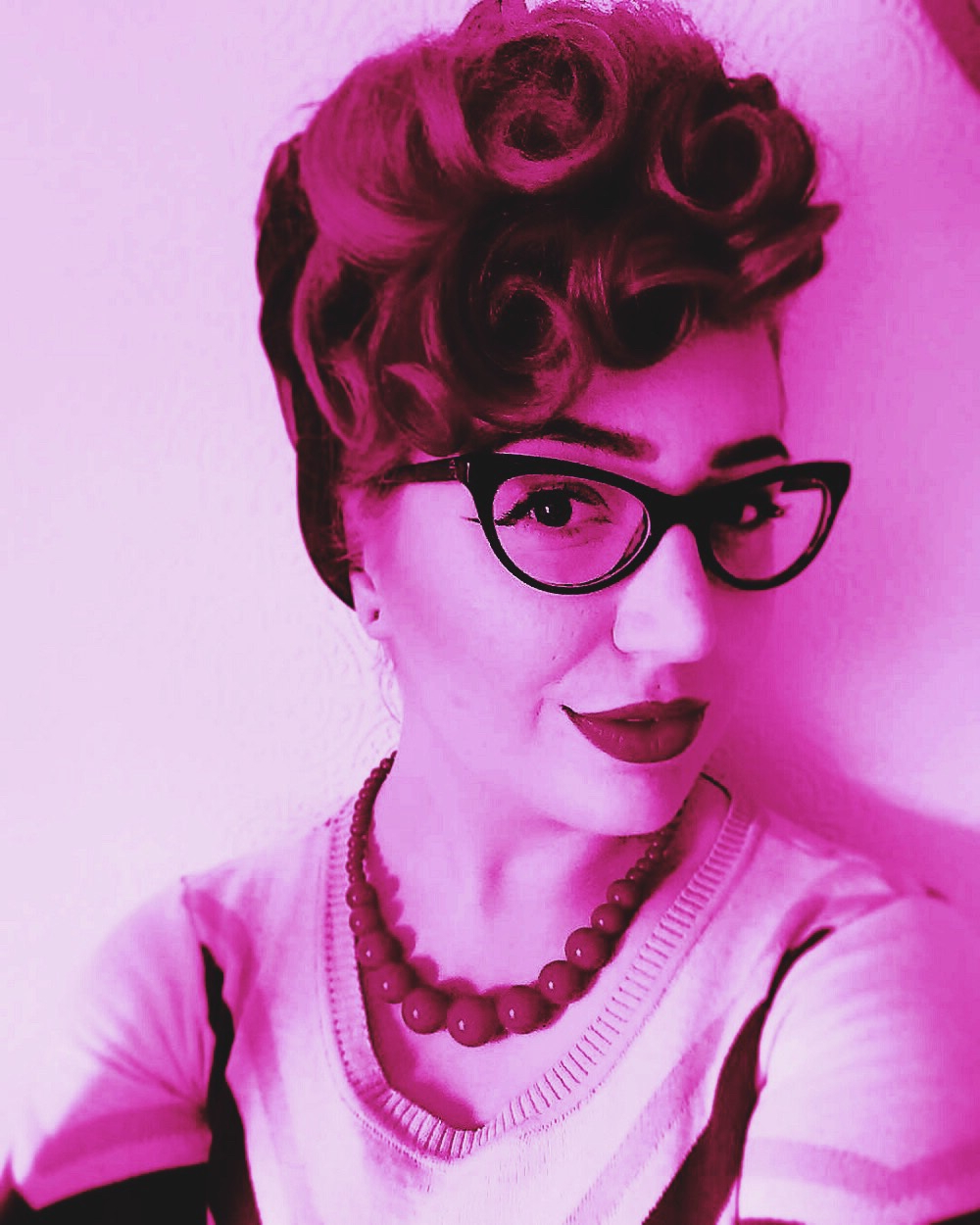 Vintage Updo Hairstyle For Short Hair – Burlexe Intended For Vintage Hairstyle For Short Hair (View 11 of 25)