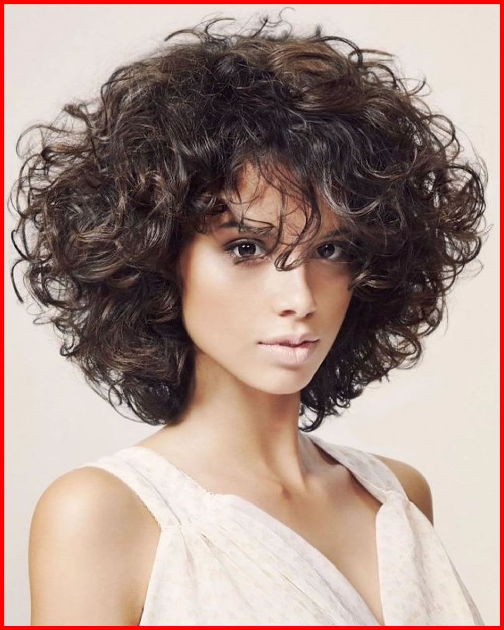 Wavy Haircuts 132796 Curly Or Wavy Short Haircuts For 2018 25 Great Regarding Short Haircuts For Women Curly (View 18 of 25)
