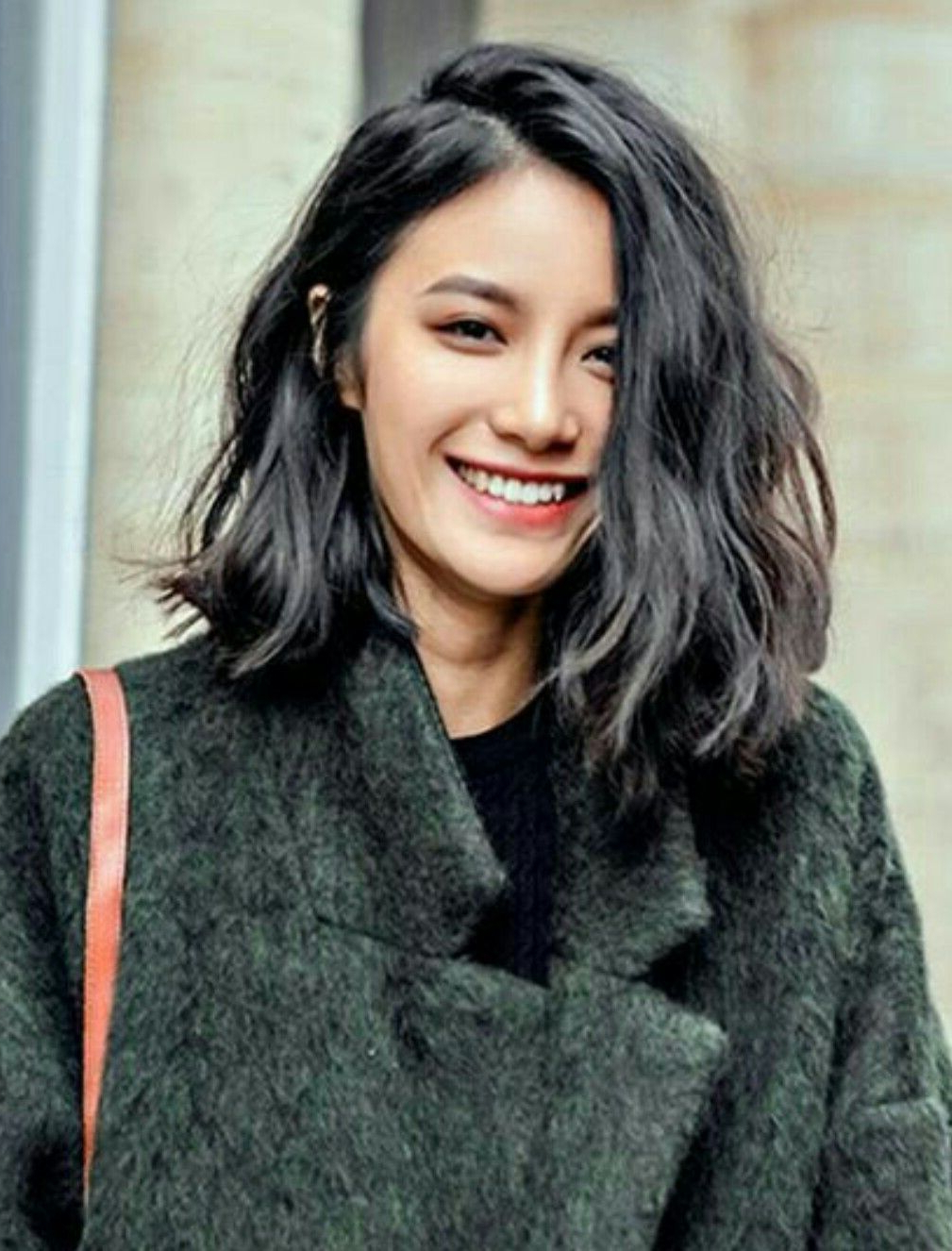 Wavy Shoulder Length With Blunt Ends | Hair In 2018 | Pinterest For Shorter Black Messy Hairstyles (View 24 of 25)