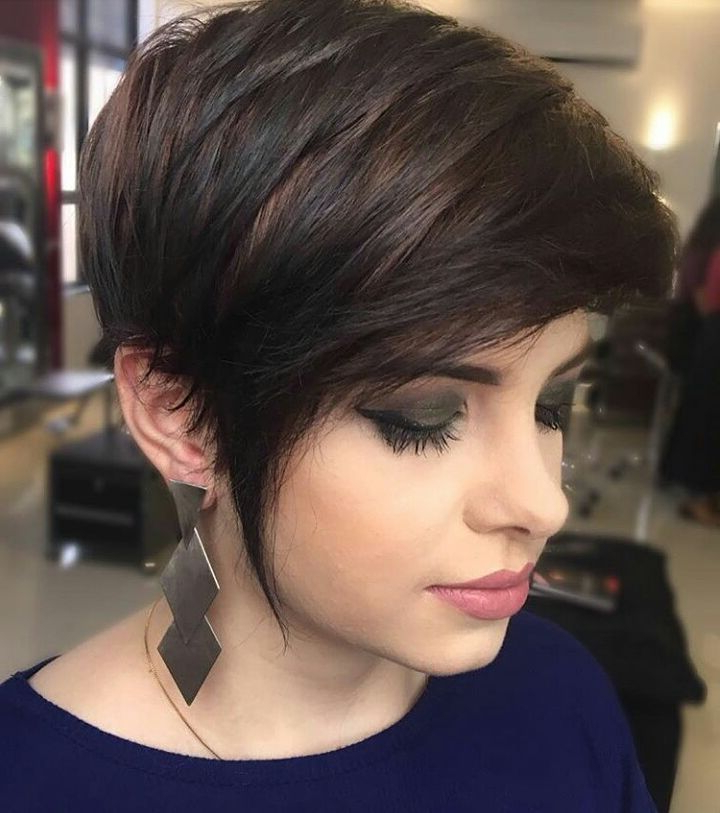 10 Short Hairstyles For Women Over 40 – Pixie Haircuts 2019 With Regard To Pixie Undercut Hairstyles For Women Over  (View 1 of 25)