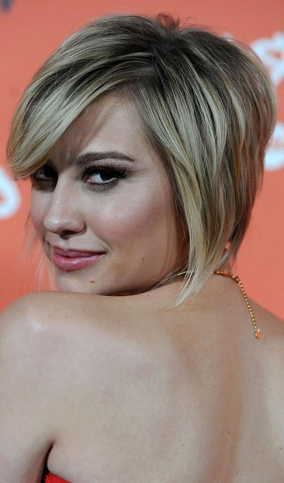 10 Stunning Feathered Bob Hairstyles To Inspire You For Feathered Back Swept Crop Hairstyles (View 1 of 25)