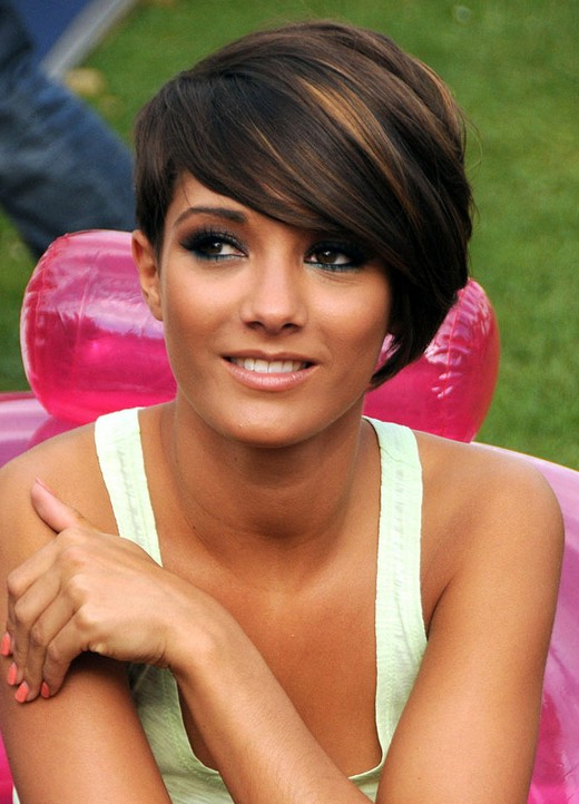 100+ Hottest Short Hairstyles For 2019: Best Short Haircuts For For Short Ruffled Hairstyles With Blonde Highlights (View 20 of 25)