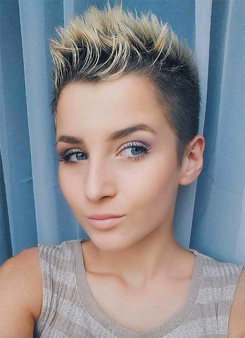 100 Short Hairstyles For Women: Pixie, Bob, Undercut Hair | Fashionisers With Regard To Two Tone Spiky Short Haircuts (View 17 of 25)