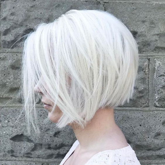 15 Short Layered Haircuts To Look Bold – Styleoholic For Wispy Silver Bob Hairstyles (View 21 of 25)