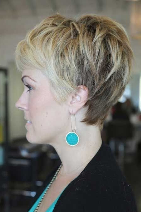 18 Short Hairstyles For Thick Hair | Styles Weekly Within Gray Pixie Hairstyles For Thick Hair (View 21 of 25)