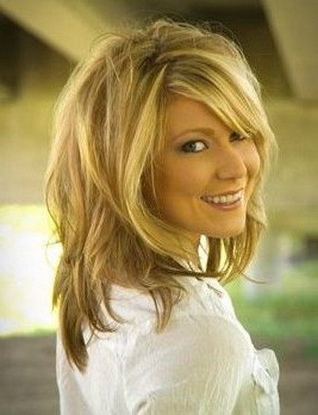 20 Shag Hairstyles For Women – Popular Shaggy Haircuts For 2018 With Volume And Shagginess Hairstyles (View 20 of 25)