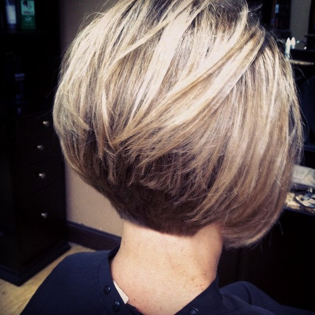 21 Hottest Stacked Bob Hairstyles – Hairstyles Weekly With Honey Blonde Layered Bob Hairstyles With Short Back (View 12 of 25)