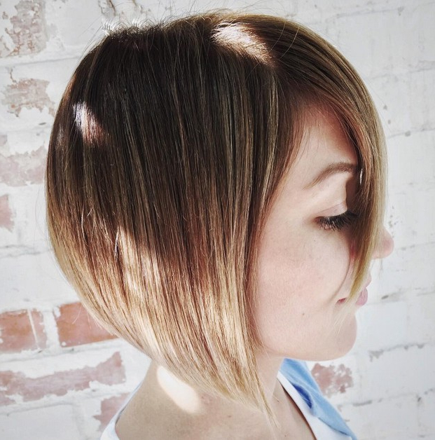 22 Cute Graduated Bob Hairstyles: Short Haircut Designs – Popular In Brown And Blonde Graduated Bob Hairstyles (View 10 of 25)