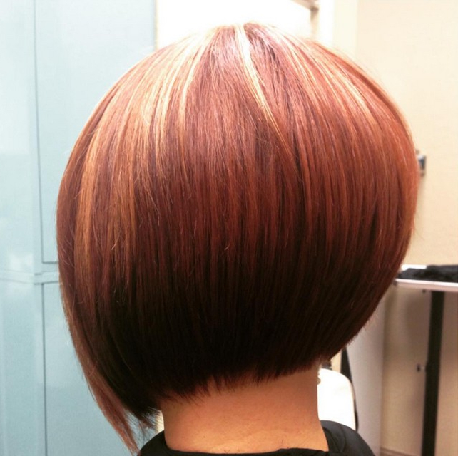 22 Cute Graduated Bob Hairstyles: Short Haircut Designs – Popular Inside Brown And Blonde Graduated Bob Hairstyles (View 20 of 25)