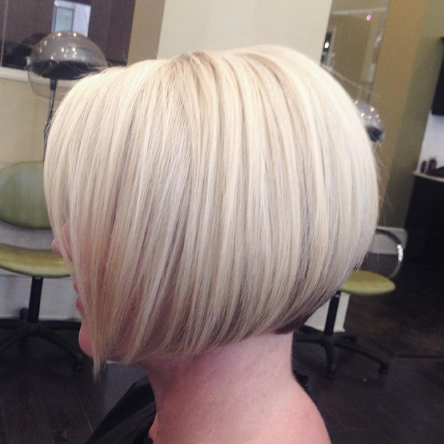 22 Cute Graduated Bob Hairstyles: Short Haircut Designs – Popular Pertaining To Brown And Blonde Graduated Bob Hairstyles (View 13 of 25)