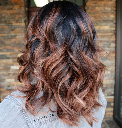 22 Ways To Style Pretty Two Tone Hairstyles | Styles Weekly Inside Voluminous Two Tone Haircuts (View 14 of 25)