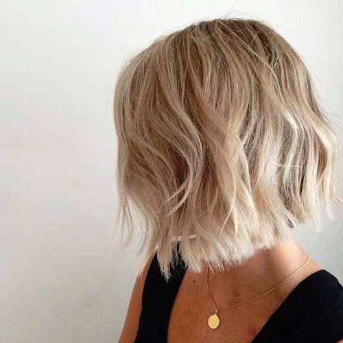 23 Classy Short Hairstyles For Women Over 50 To Look Elegant Intended For Short Ruffled Hairstyles With Blonde Highlights (View 21 of 25)