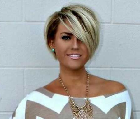 25 Blonde Bob Haircuts In 2018 | Hair Cuts | Pinterest | Hair Styles Within Short Ruffled Hairstyles With Blonde Highlights (View 8 of 25)