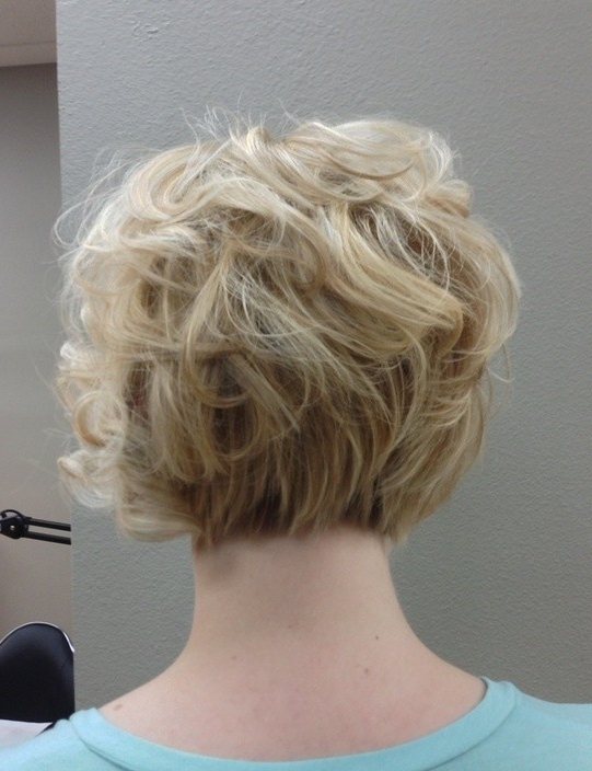 30 Best Bob Hairstyles For Short Hair – Popular Haircuts Inside Short Wavy Inverted Bob Hairstyles (View 19 of 25)