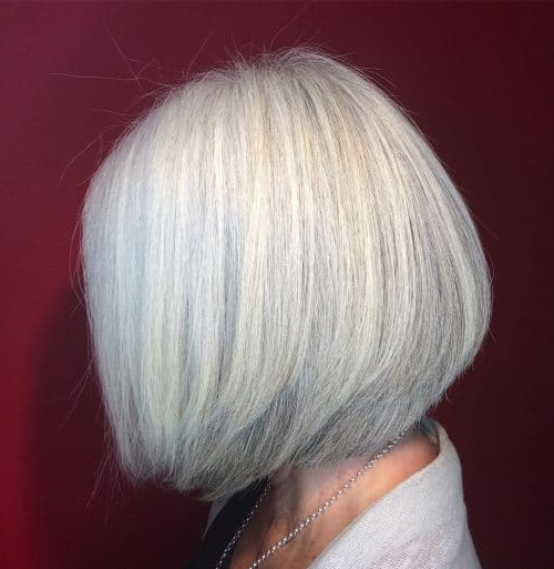 32 Flattering Short Haircuts For Older Women In 2018 With Sleek Gray Bob Hairstyles (View 24 of 25)