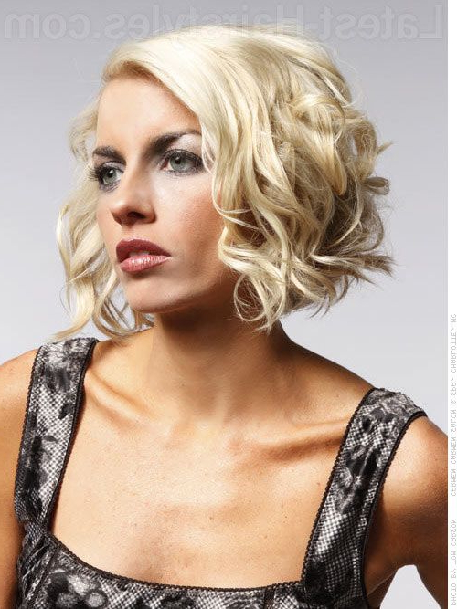 33 Hottest Short Curly Hairstyles Trending In 2018   Have A Good Inside Playful Blonde Curls Hairstyles (View 3 of 25)