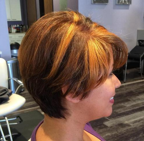 35 Trendiest Short Brown Hairstyles And Haircuts To Try – Page 6 Regarding Pixie Bob Hairstyles With Blonde Babylights (View 18 of 25)