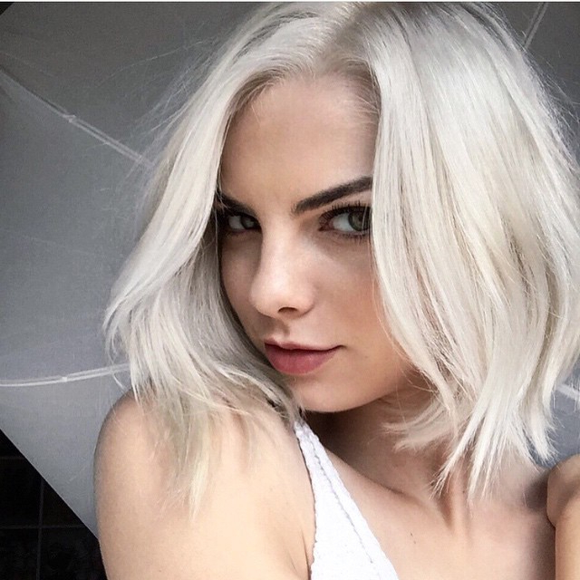 40 Most Flattering Bob Hairstyles For Round Faces 2019 – Hairstyles For Layered Platinum Bob Hairstyles (View 4 of 25)