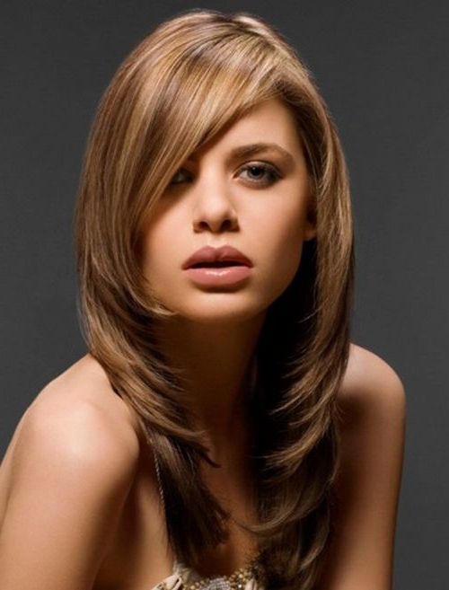 45 Feather Cut Hairstyles For Short, Medium, And Long Hair In Gorgeous Feathered Look Hairstyles (View 12 of 25)