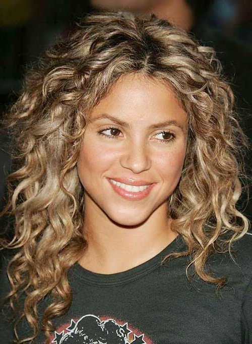 5 Appealing Curly Hairstyles With Blonde Hair – Hairstylecamp With Regard To Playful Blonde Curls Hairstyles (View 18 of 25)