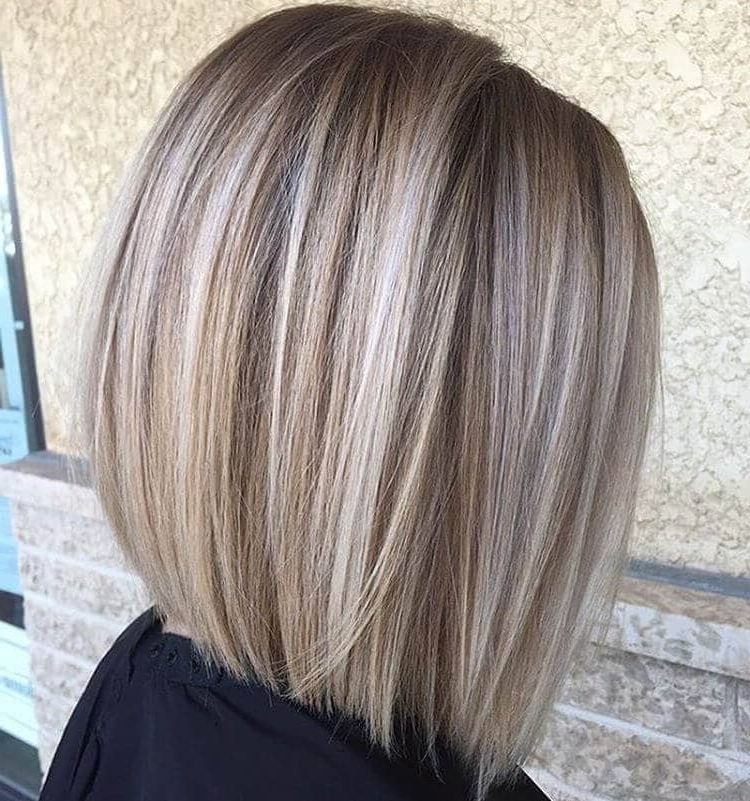 50 Pretty Chic Medium Lenght Hairstyles For 2018 Pertaining To One Length Balayage Bob Hairstyles With Bangs (View 24 of 25)