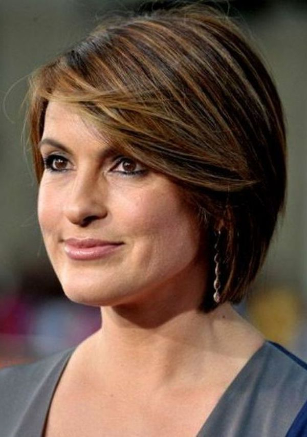 54 Short Hairstyles For Women Over  (View 11 of 25)