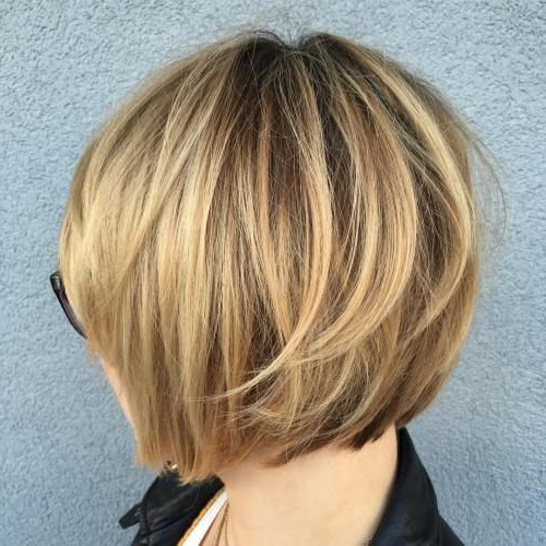 60 Layered Bob Styles: Modern Haircuts With Layers For Any Occasion For Honey Blonde Layered Bob Hairstyles With Short Back (View 2 of 25)
