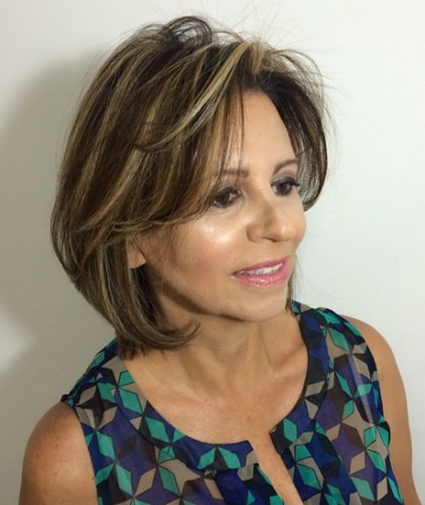 78 Gorgeous Hairstyles For Women Over 40 In Gorgeous Feathered Look Hairstyles (View 18 of 25)