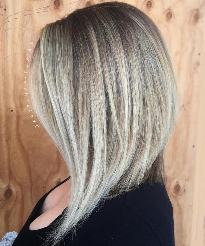 Angled Ash Blonde Lob For Straight Hair #shorthairstyles | Short With Angled Ash Blonde Haircuts (Gallery 2 of 25)