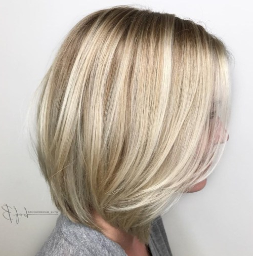 Beautiful And Convenient Medium Bob Hairstyles – Page 4 Of 40 Intended For Blonde Balayage Bob Hairstyles With Angled Layers (View 20 of 25)